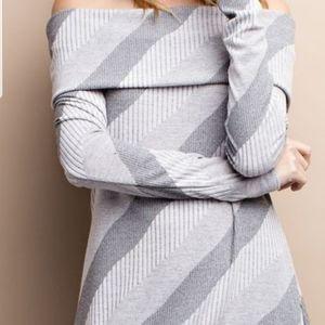 Easel sweater dress/top